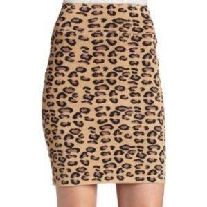BCBGMAXAZRIA leopard print bandage stretchy skirt